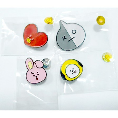 BT21 - Face Pin Badge (1 Piece)